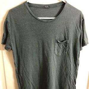 Basic green tee t-shirt